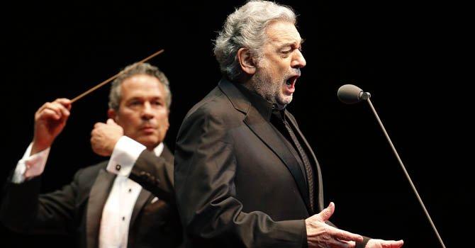 Plácido Domingo encabeza concierto de música latina