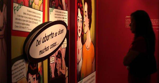 Exposición intenta quitar el estigma del aborto