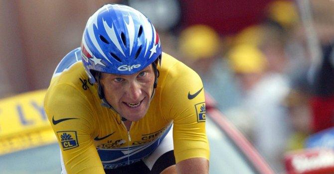 El ex ciclista estadounidense Lance Armstrong fue despojado de sus siete títulos del Tour de Francia por las acusaciones de dopaje.