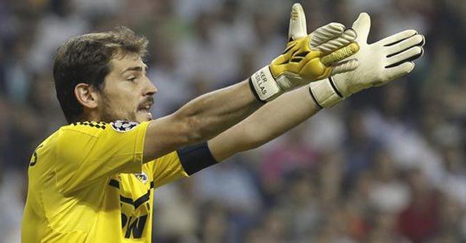 Críticas a Mourinho por sentar a Casillas