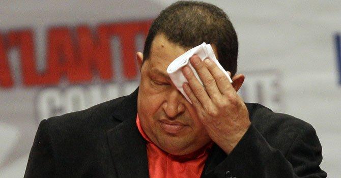 Chávez dice que enfrenta un momento difícil