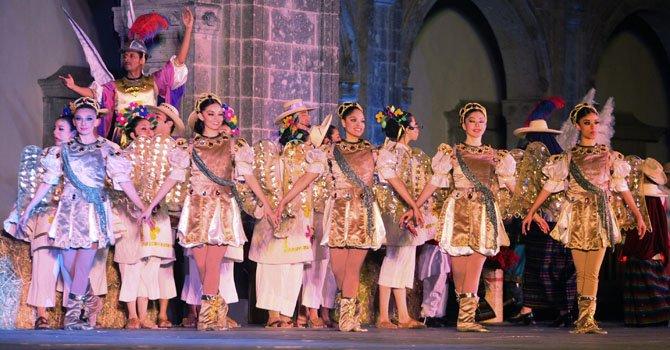 Danza rescata tradiciones navideñas de México