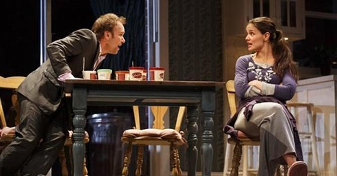 Cancelan obra de Katie Holmes en Broadway