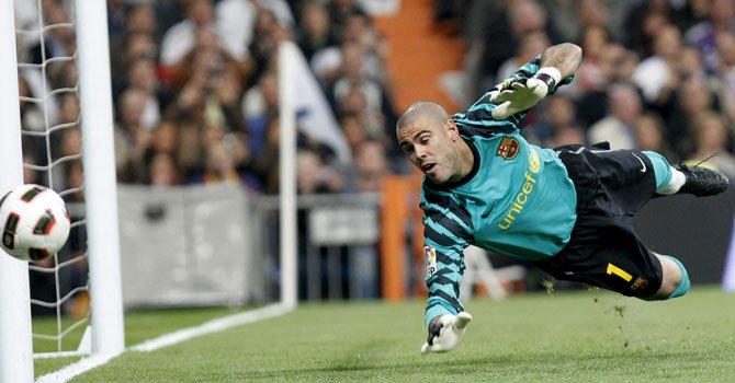 El ex portero del FC Barcelona, Víctor Valdés, firmó con Manchester United.