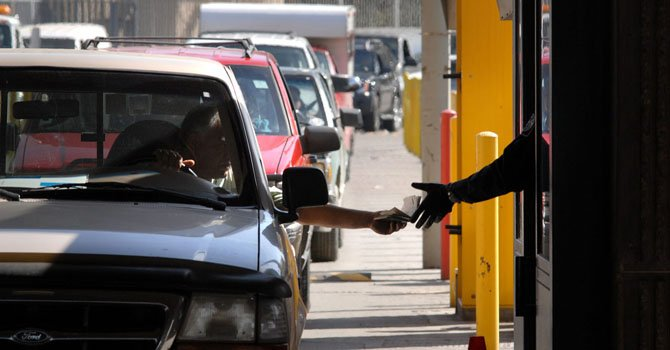 Colorado: sigue campaña para licencias para indocumentados