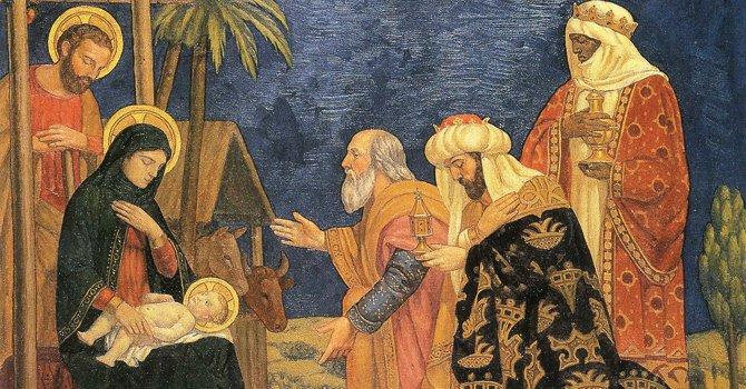 ARTE. El friso del siglo VI representa la llega de los Reyes Magos al establo de Belén en donde nació el niño jesús. Le dieron oro, incienso y mirra.