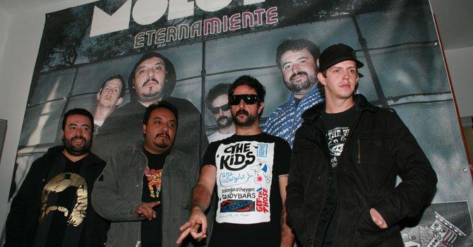 Miembros de La banda mexicana de rock Molotov.