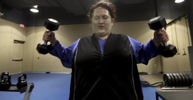 La membrecía de este gimnasio exige tener un sobrepeso mínimo de 50 libras.