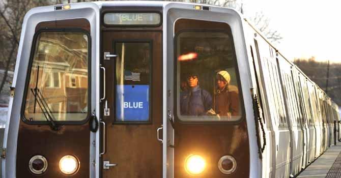 El robo se produjo en un tren de la línea azul en DC.