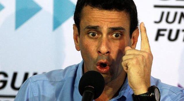 El líder de la oposición, Henrique Capriles, en conferencia de prensa el miércoles 9.