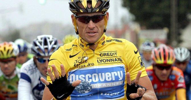 El ex ciclista Lance Armstrong hizo declaraciones públicas por primera vez desde que fue despojado de sus siete títulos del Tour de Francia.