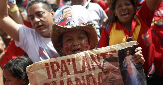 Manifestaciones a favor y en contra de Chávez