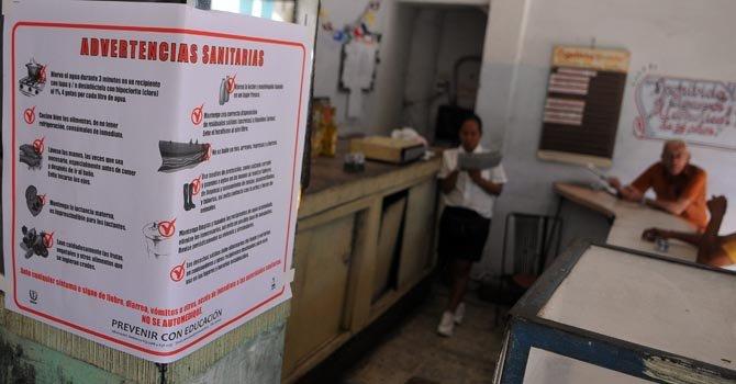 Autoridades de Cuba realizaron campañas a raíz de un brote de cólera en enero de 2013.