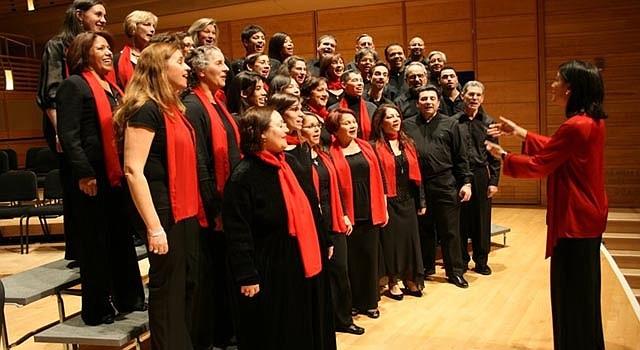 La agrupación Coral Cantigas se presenta el domingo 20 en el Kennedy Center, en una de las celebraciones de la juramentación.