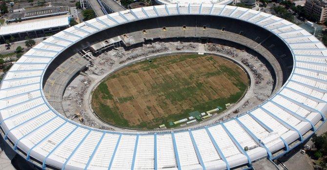 El estadio Maracaná de Río de Janeiro, actualmente en remodelación, será la sede de la final de la Copa Confederaciones de 2013.