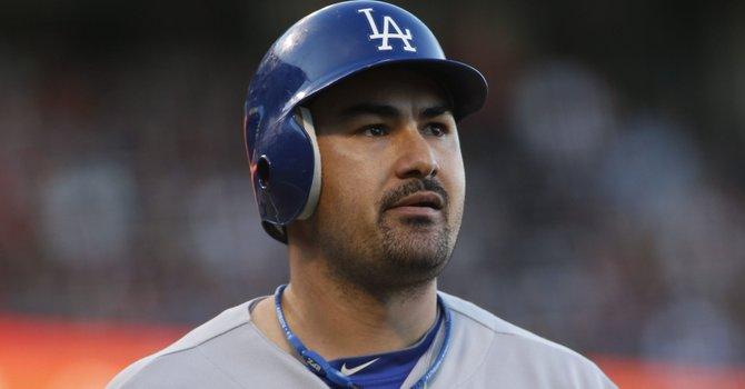 El primera base de los Dodgers de Los Ángeles Adrián González ha sido uno de los artífices de la buena temporada de su club en 2013.