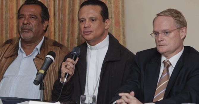 """El Salvador: anuncian cuatro municipios """"sin violencia"""""""