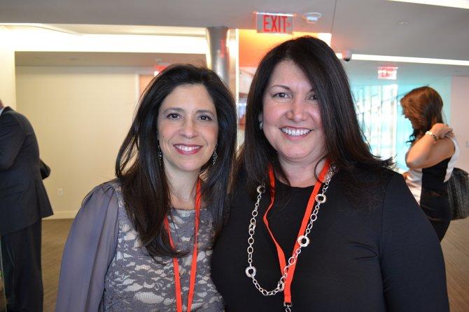 Catherine M. Pino e Ingrid M. Duran, las organizadoras del PODERPAC.