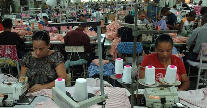 Disminuyen las solicitudes de subsidios por desempleo en EE.UU.