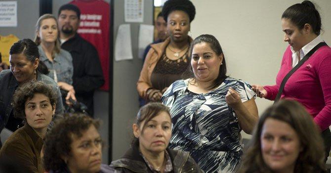La reunión celebrada por los integrantes de la Mesa de Dialogo sobre una Reforma Migratoria de San Diego, California el martes 29 de enero para escuchar el discurso de el presidente  Barack Obama.