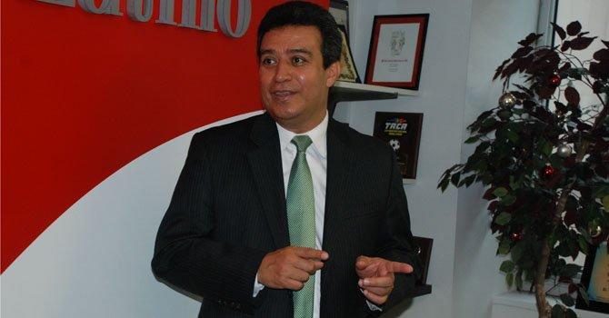 Alexander Segovia, secretario técnico de la presidencia de El Salvador en las oficinas de El Tiempo Latino en Washington, DC el miércoles 30 de enero.