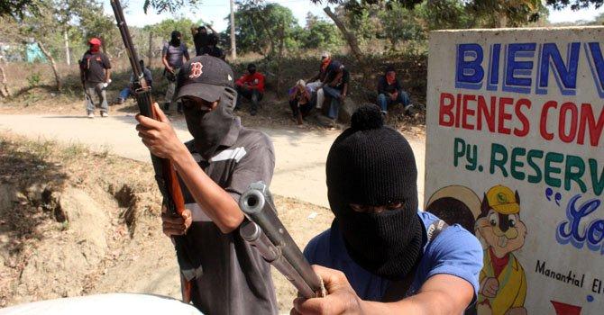 México: violencia impulsa grupos de autodefensa