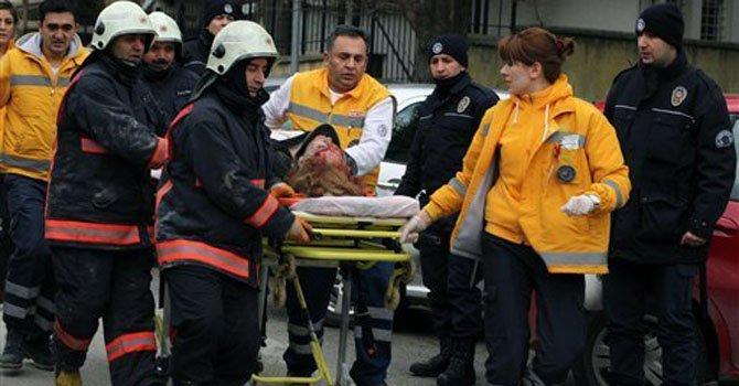 Turquía: dos muertos en atentado a embajada