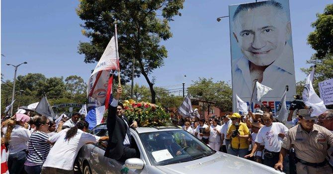 Último adiós a candidato presidencial de Paraguay