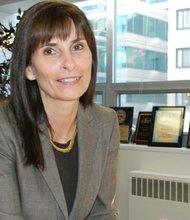 La ex delegada estatal Jeannemarie Davis, es una de los siete candidatos republicanos que disputan el sábado 18 de mayo de 2013 la nominación del partido para las elecciones por el cargo de vicegobernador.