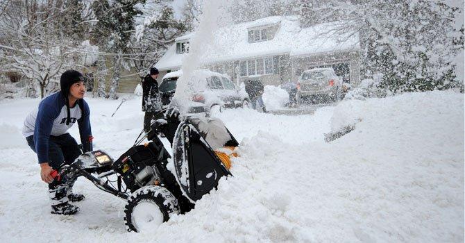 Tormenta de nieve paraliza el noreste del país