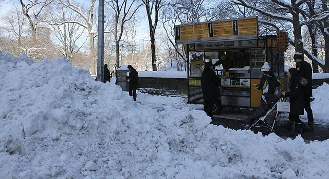 Una zona del Central Park de Nueva York el sábado 9 de febrero. La ciudad se recupera de la fuerte nevada que dejó 20 centímetros de acumulación.