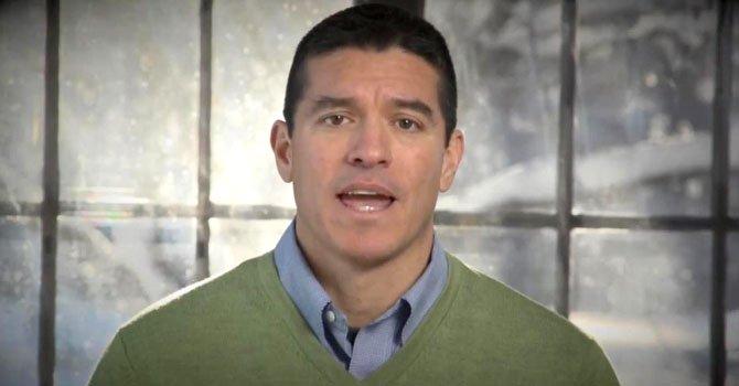 Gabriel Gómez, quien lanzó oficialmente su campaña para el escaño como senador por Massachusetts.