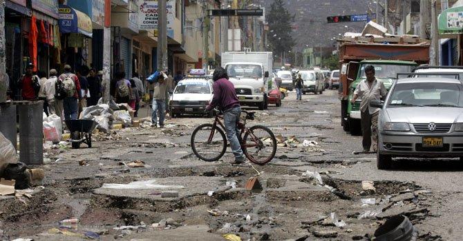 Más de 50.000 personas han resultado afectadas por las torrenciales lluvias que afectan a Perú desde el 11 de febrero. Nueve distritos de Cuzco fueron declarados en emergencia el viernes 15 de febrero.