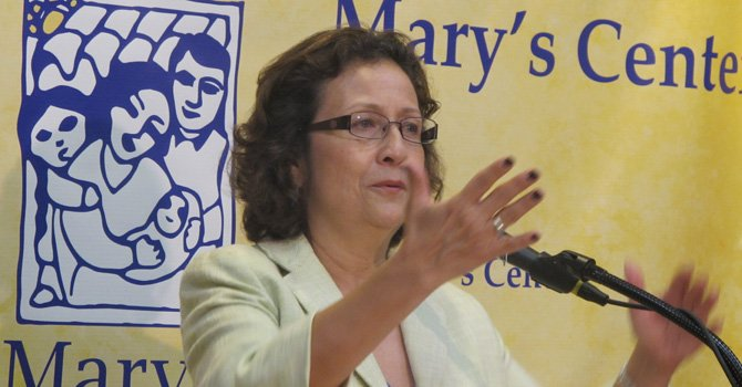 Clínica Mary's Center sigue solidaria con la comunidad inmigrante