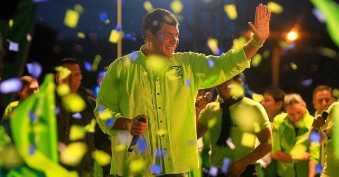 Correa va por la reelección en Ecuador