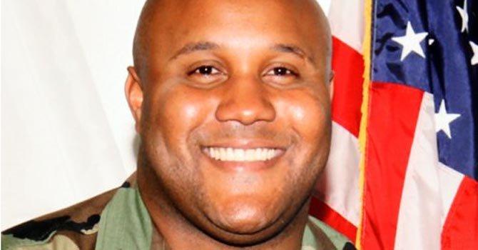 Se cree que Christopher Dorner mató a cuatro antes de ser acorralado en una cabaña de Big Bear Lake, en California, el 12 de febrero.