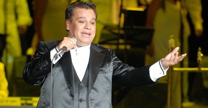 El cantautor mexicano Juan Gabriel.