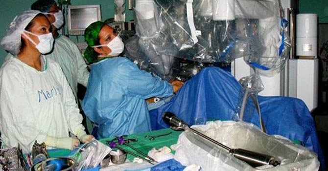 Primera cirugía robótica en Latinoamérica