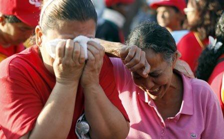 El Gobierno venezolano decretó 7 días de duelo. Chávez será enterrado el viernes 8.