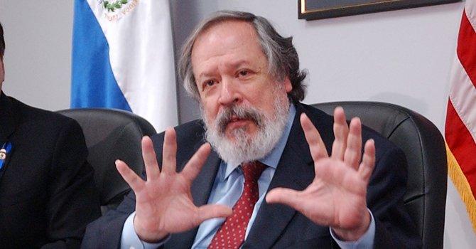 DC: remueven a embajador de El Salvador