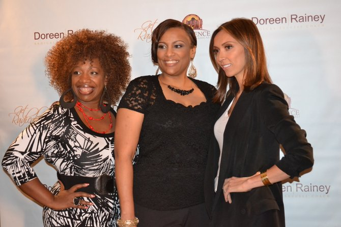 Lisa Nichols, Doreen Rainey y Giuliana Rancic