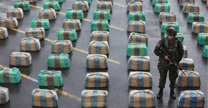 Policía colombiana decomisa 7,7 toneladas de marihuana