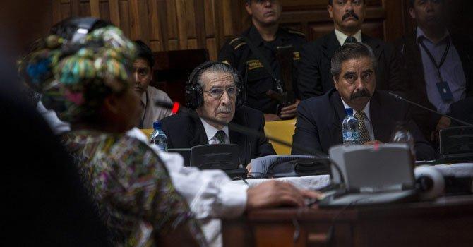 Guatemala: reanudan juicio contra Ríos Montt