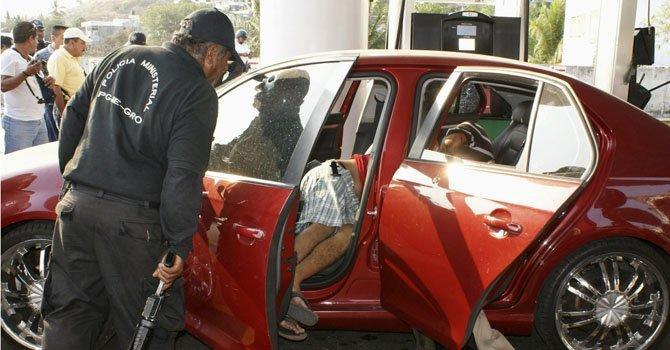 México: hallan 9 cadáveres dentro de un vehículo