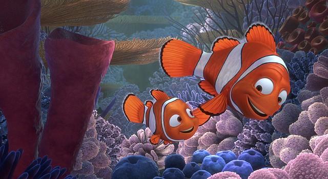 """Los personajes Nemo (izq.) y Marlin (der.) en un fotograma de la película """"Finding Nemo 3D""""."""