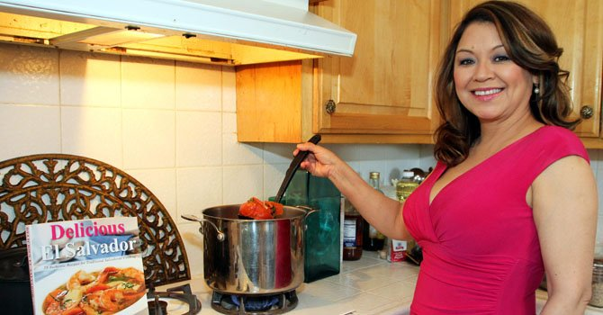 """Delicious El Salvador"""" presenta la gastronomía salvadoreña"""