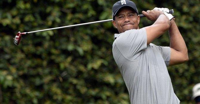 Tiger Woods acapara la atención en Augusta