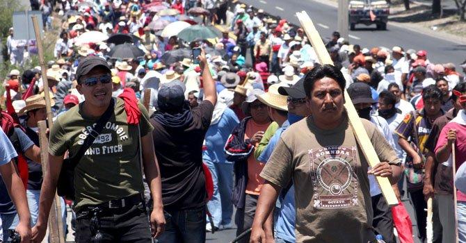 México: maestros protestan contra reforma educativa