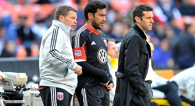 """El guatemalteco Carlos """"El Pescadito"""" Ruiz (centro) tuvo poca acción en 2013 con el D.C. United."""