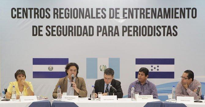 El Salvador: abrirán centro de seguridad para periodistas